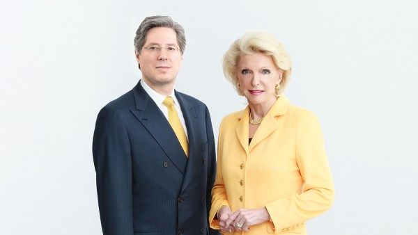 Hissedarlar Maria-Elisabeth Schaeffler-Thumann ve Georg F. W. Schaeffler