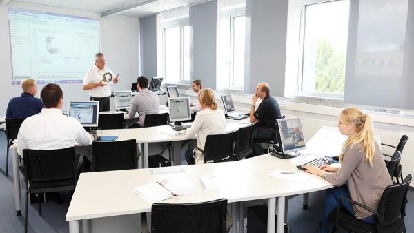 Mühendisler, Yönetim ve Montaj Personeli için Önerilen Modüler Kurs Seçenekleri